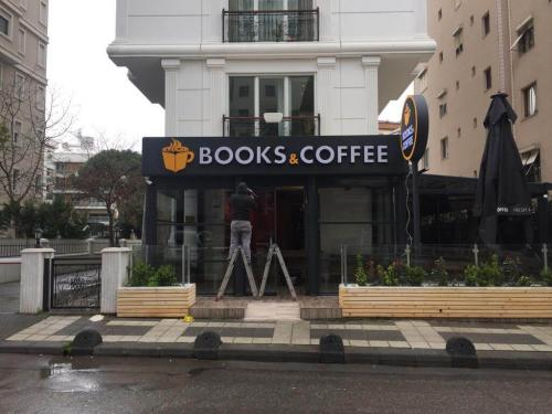 Kafe_Tabela